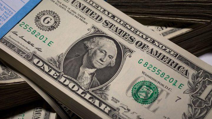 الدولار يستقر مع ترقب الأسواق