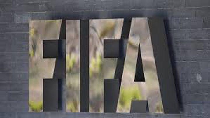 """""""فيفا"""" تقترح إجراء تعديلات مؤقتة على قواعد كرة القدم"""