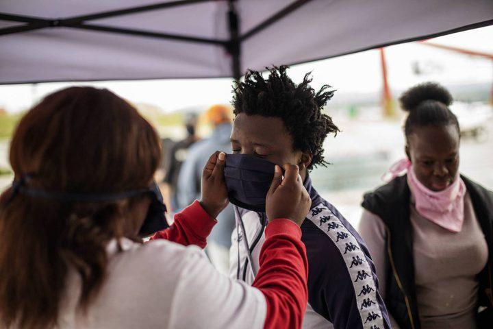 تسجيل ارتفاعا قياسيا في إصابات كورونا بجنوب إفريقيا