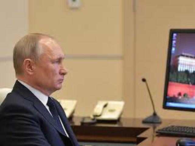 بوتين يعقد اجتماعا حول تطوير قطاع الطاقة