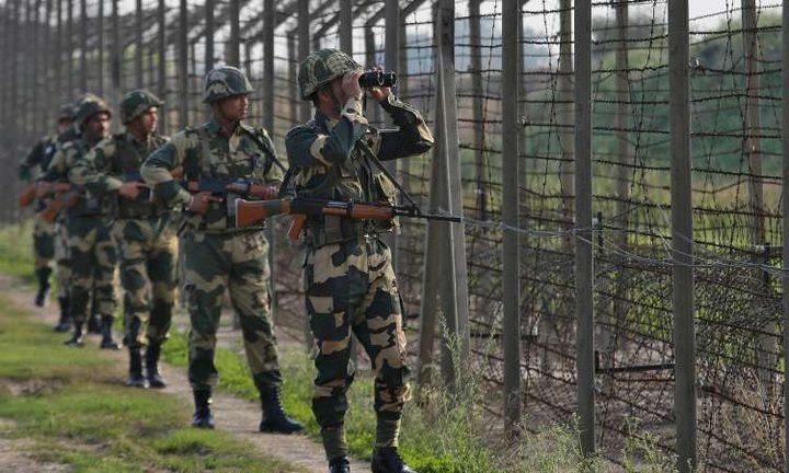 مقتل جندي ومدنيين باكستانيين في كشمير