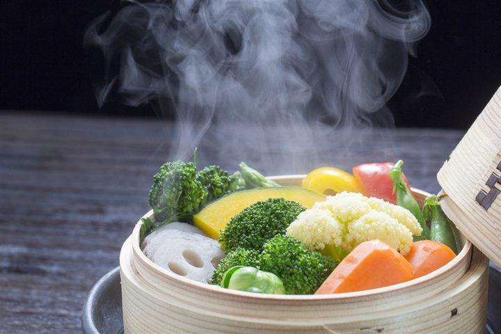 طريقة تحضير الطعام على البخار تمنع من اكتساب الوزن