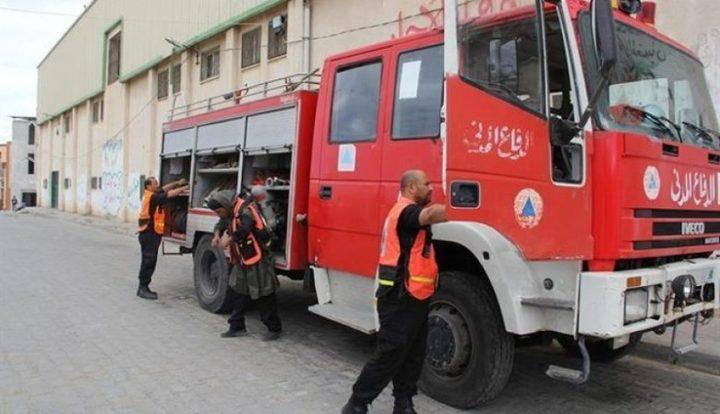 الدفاع المدني يسيطر على حريق في منزل وسط قطاع غزة