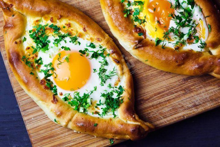 فطائر البيض والجبن للسحور في رمضان