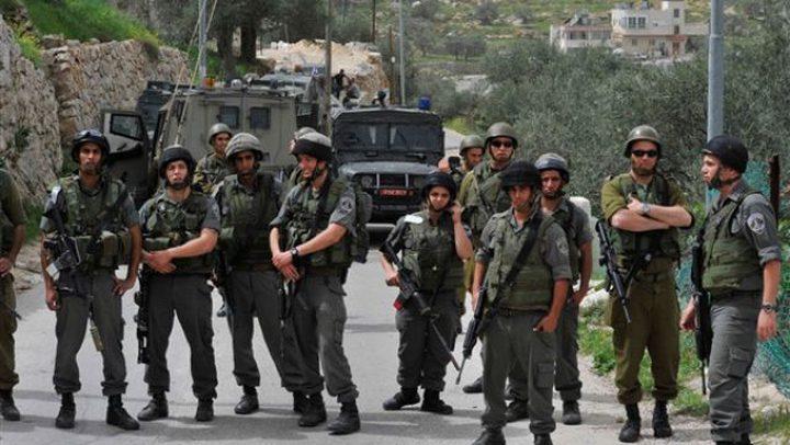 """الاحتلال يغلق مدخل """"أبو الطوق"""" في الخليل"""