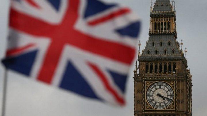 بريطانيا توصي بتغييرات شاملة في أماكن العمل بعد قيود كورونا