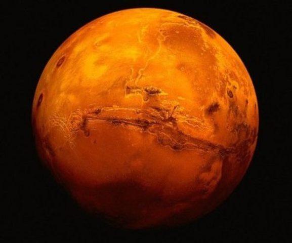 اكتشاف أول دليل على وجود الأنهار على كوكب المريخ