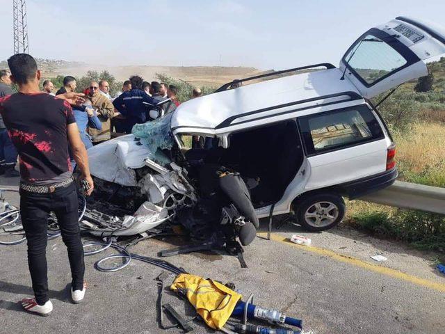 7إصابات خلال تصادم مركبتين في طولكرم