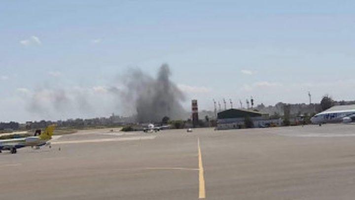 إصابة خزانات وقود الطيران في مطار معيتيقة بليبيا