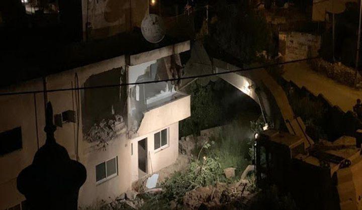 قوات الاحتلال تهدم منزل الأسير قسام البرغوثي في كوبر