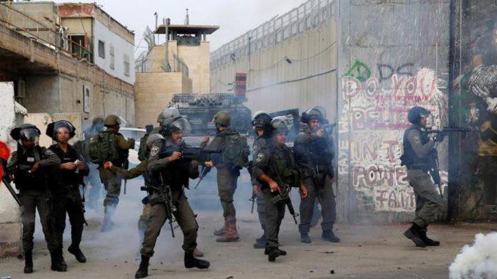 إصابات بالاختناق خلال مواجهات مع الاحتلال غرب جنين