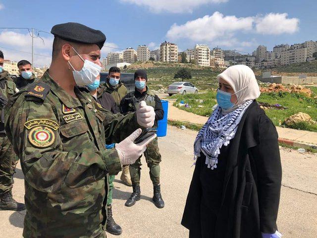 محافظ رام الله: مخيماتنا عنوان الصمود وحق العودة لن يسقط بالتقادم