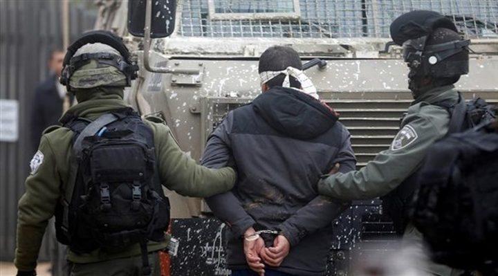 قوات الاحتلال يعتقل 6 مواطنين من يعبد جنوب جنين