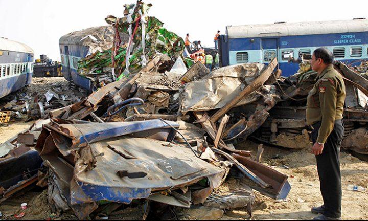 وفاة 23 عاملا في حادث تصادم وقع في الهند