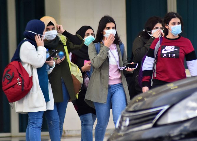 لبنان: اجمالي عدد مصابي كورونا قارب من الألف