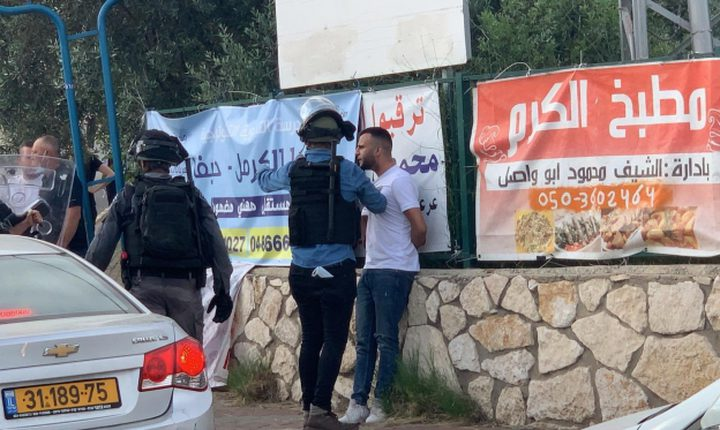 شرطة الاحتلال تعتقل 3 شبان من قلنسوة