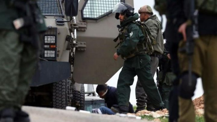 الاحتلال يعتقل اسير محرر ويهدم سقيفة في بيت لحم
