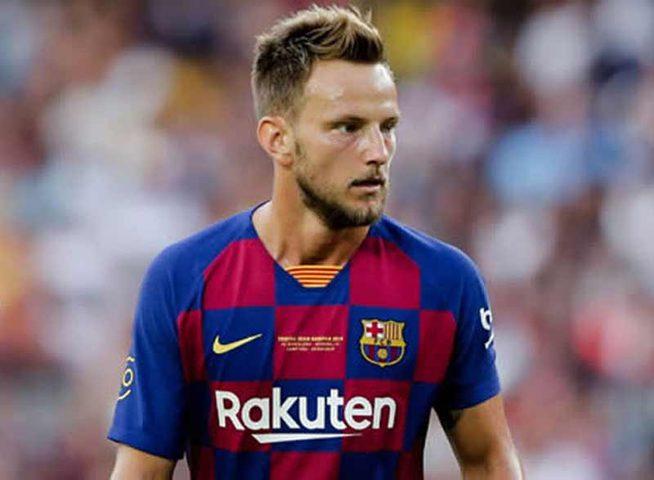 برشلونة يشتبه في خيانة راكيتيتش