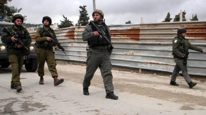 """الاحتلال يستولي على """"كرفان"""" في فروش بيت دجن شرق نابلس"""
