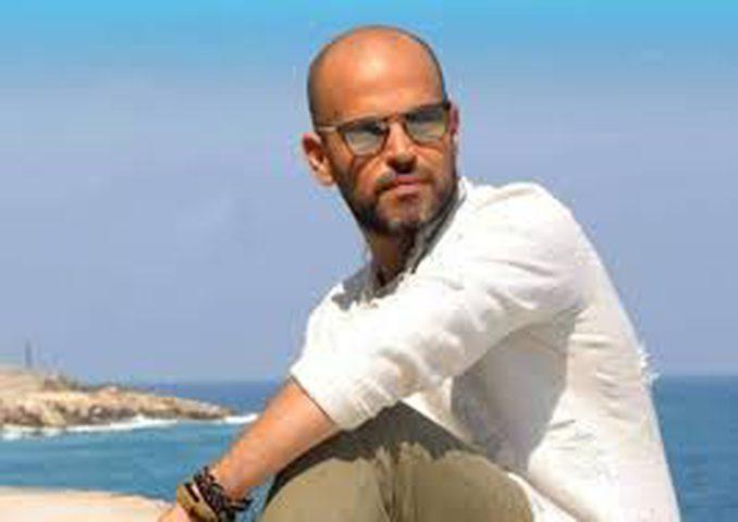 الفنان أبو يرزق بمولود جديد