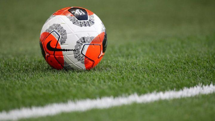 دولة أوروبية جديدة تعلن استئناف دوري كرة القدم
