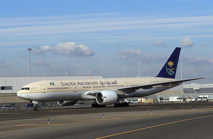 السعودية تبدأ استئناف الرحلات الجوية الداخلية