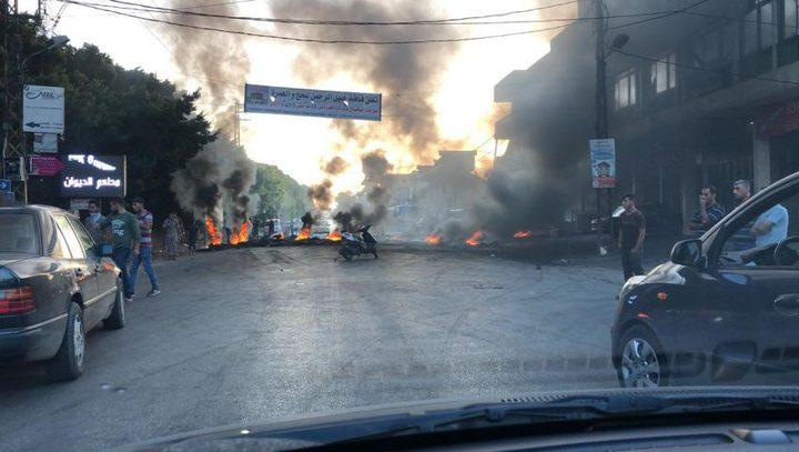اغلاق طرقات في لبنان ودعوات لاحتجاجات