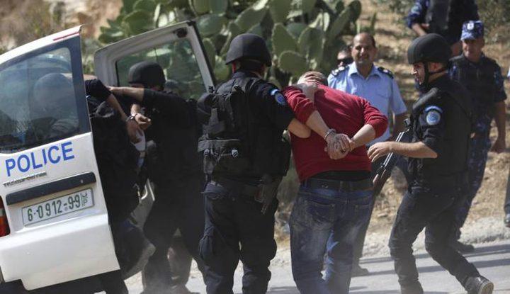 بيت لحم: الشرطة تلقي القبض على مواطن هدد زوجته وأطفاله بالقتل