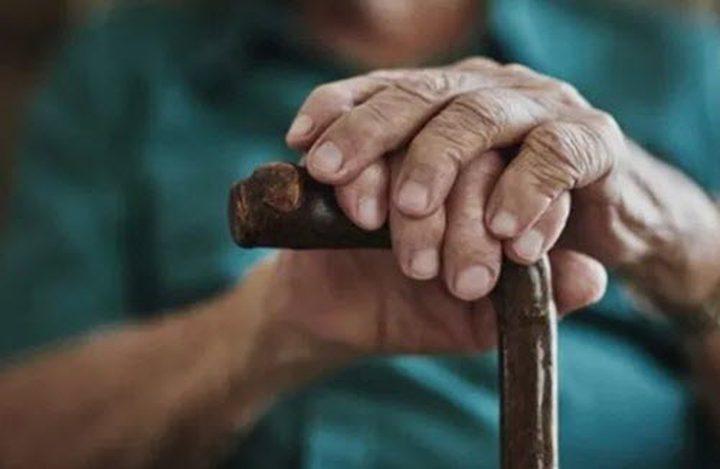 بريطانيا تنهي الحجر المنزلي المفروض على كبار السن بسبب كورونا