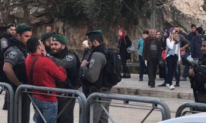 القدس: قوات الاحتلال تقمع تظاهرة منددة بقتل الشاب الحلاق