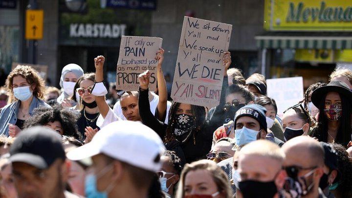 احتجاجات في لندن وبرلين على مقتل فلويد في أميركا