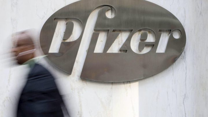 """شركة فايزر تبحث عن """"الخلطة السرية"""" لعلاج كورونا"""