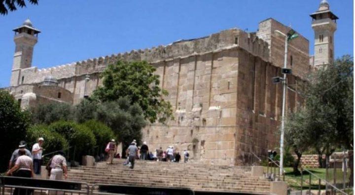 الاحتلال منع رفع الأذان 54 وقتافي المسجد الإبراهيمي الشهر الماضي