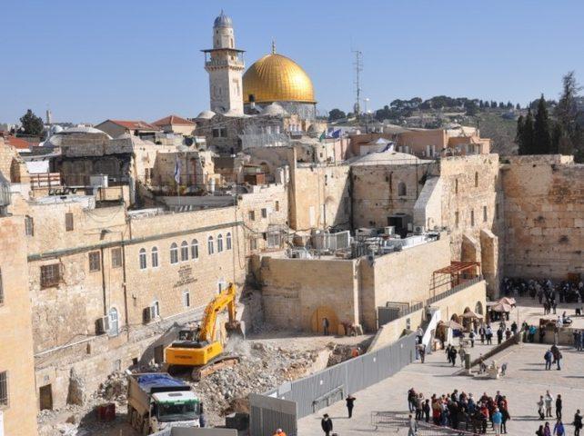 """شبكة المنظمات الاهلية الفلسطينية تدعو لفتح تحقيق بجرائم """"اسرائيل"""""""