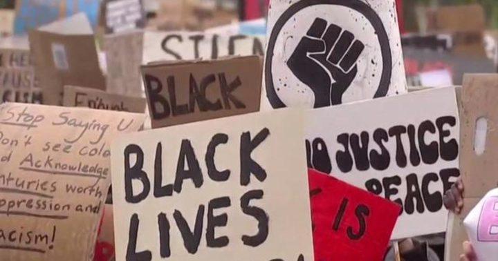مظاهرات بأوروبا وآسيا دعماً للسود