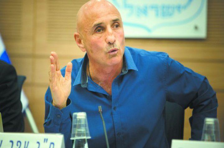 شيلح: نتنياهو يريد ضم الضفة للتهرب من المحاكمة بتهم الفساد