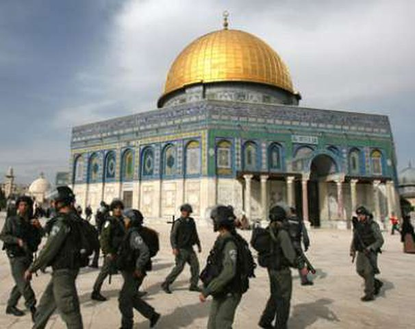 الهدمي: الاحتلال ينفذ برنامجا اقصائيا في القدس