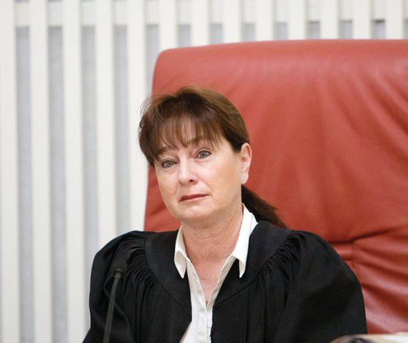 تهديد أحد كبار قضاة المحكمة العليا الإسرائيلية بسبب نتنياهو