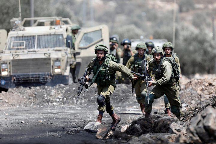 إصابة عاملين من جنين أثناء مطاردتهما من قبل الاحتلال