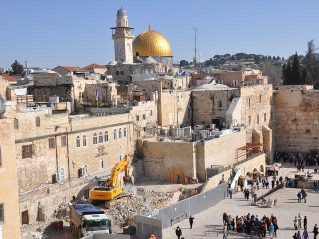 الأردن يدين استمرار قيام الاحتلال بأعمال في الحائط الغربي للأقصى