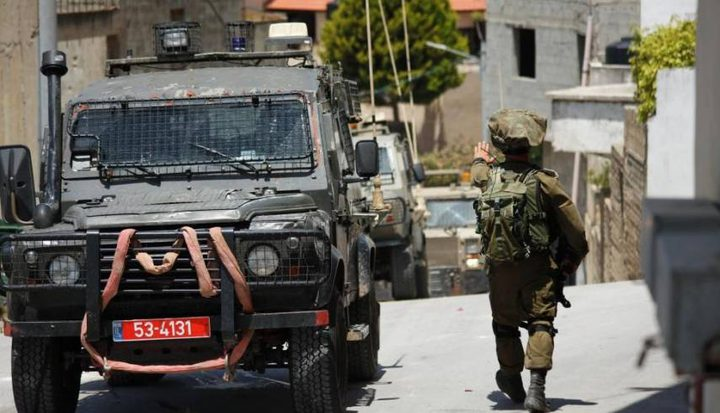الاحتلال يعتقل فتيين من دورا جنوب الخليل