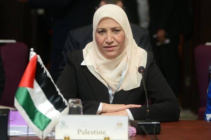 حمد تدعوا لتوحيد الجهود العربية لإسناد المرأة الفلسطينية