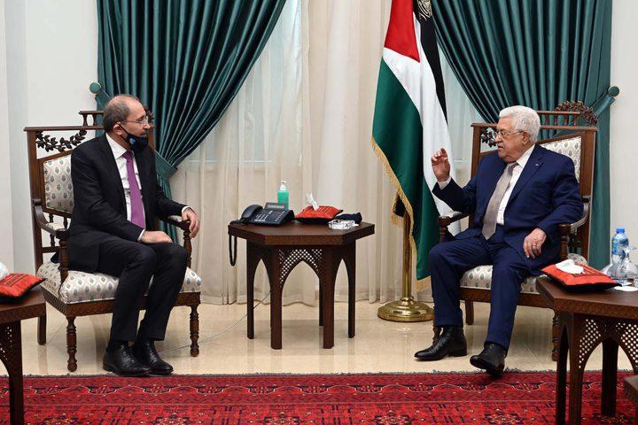 الرئيس عباس يستقبل وزير الخارجية الأردني
