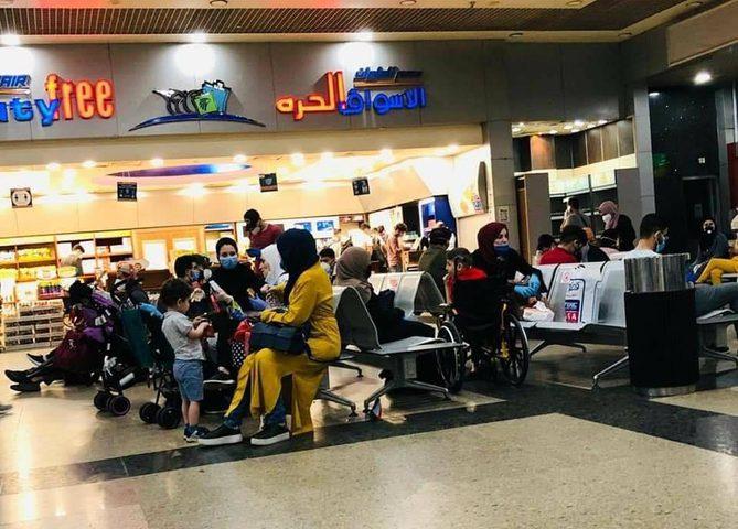 اليوم...وصول 270 مواطنا عالقا في مصر إلى أريحا