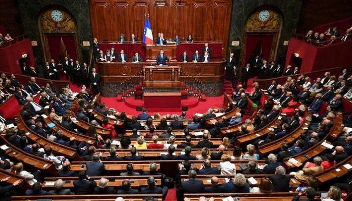 120 برلمانيا فرنسيا يطالبون ماكرون بالاعتراف بدولة فلسطين