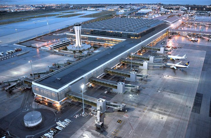 """تعرفوا على """"المطار المحظوظ"""" في زمن كورونا"""