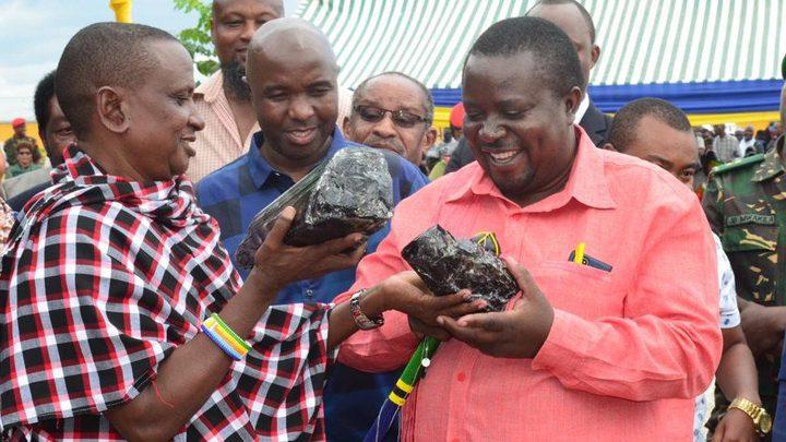 تنزانيا.. عامل بسيط يصبح مليونيرا في لحظة !
