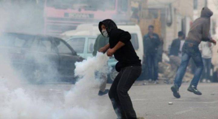 إصابة خمسة مواطنين خلال مواجهات مع الاحتلال في عاطوف