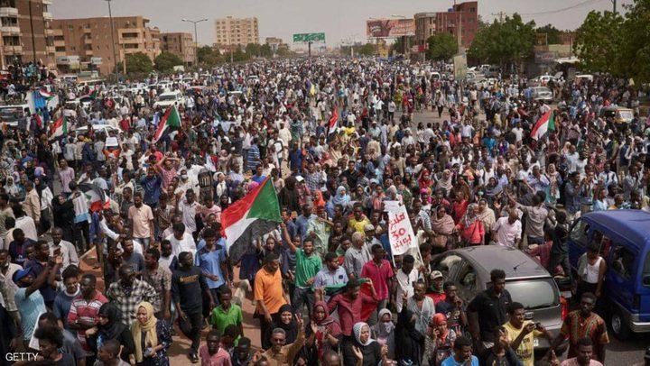 """دعوات لمظاهرة مليونية في السودان وتحذيرات من """"كورونا الشارع"""""""