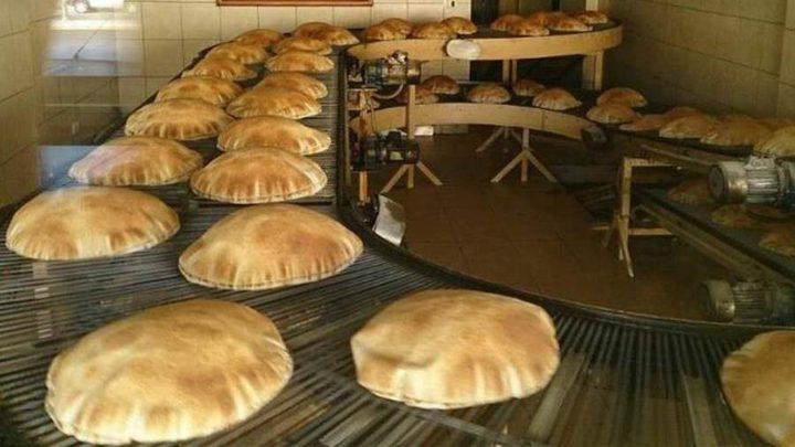 الحكومة اللبنانية ترفع سعر الخبز بعد انهيار الليرة